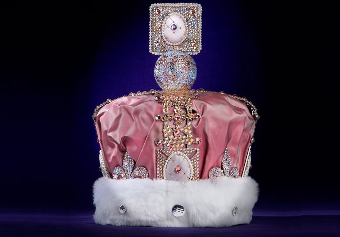 THE FABERGÉ JUBILEE CROWN AT HARRODS