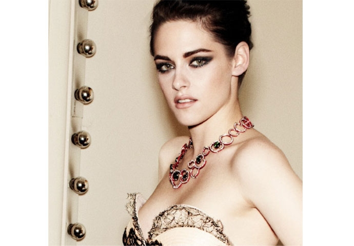 In the press: Vanity Fair features Kristen Stewart in a Fabergé necklace