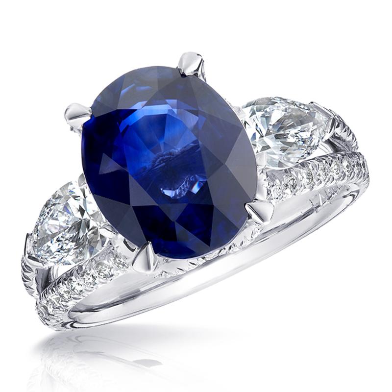 Oval Sapphire, White Diamond & Platinum Ring | Fabergé