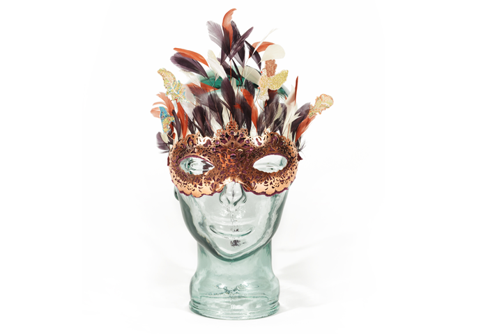 FABERGÉ DESIGNS A UNIQUE MASK FOR THE ANIMAL BALL, LONDON