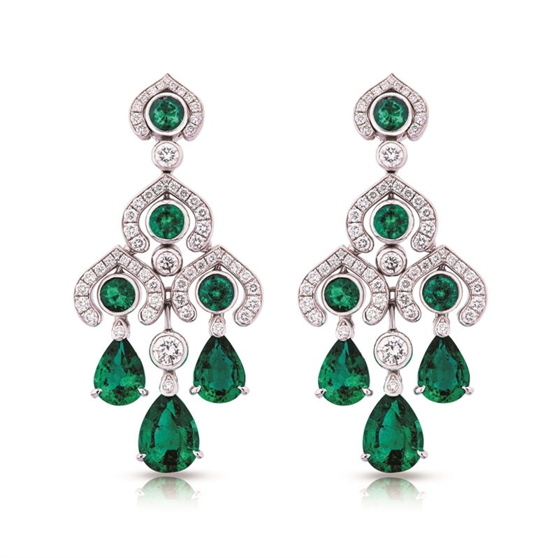 White Gold Emerald & Diamond Chandelier Earrings | Fabergé