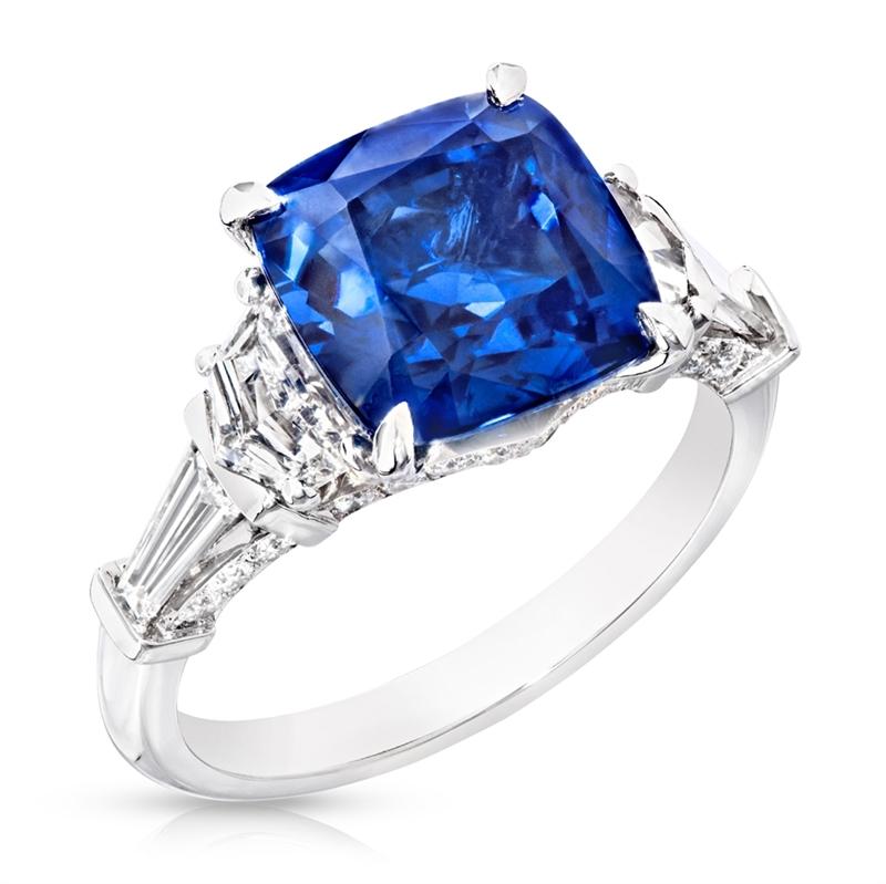 Cushion-Cut Sapphire, White Diamond & Platinum Ring   Fabergé