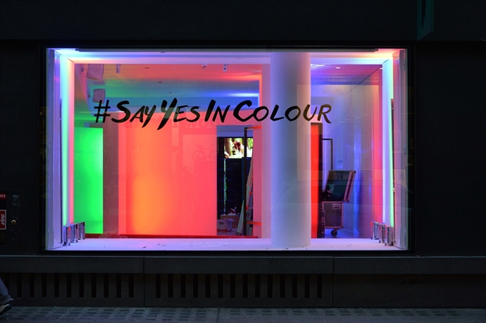 Fabergé celebrates the launch of #SayYesInColour