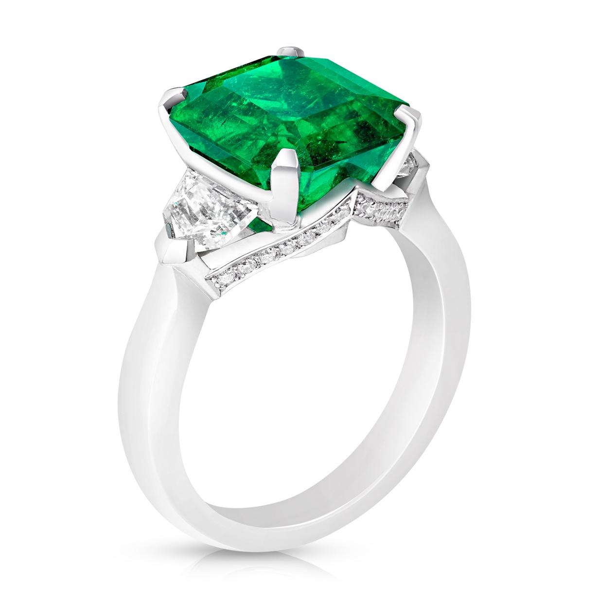 Platinum 5.12ct Step Cut Emerald Ring Set With Diamonds   Fabergé