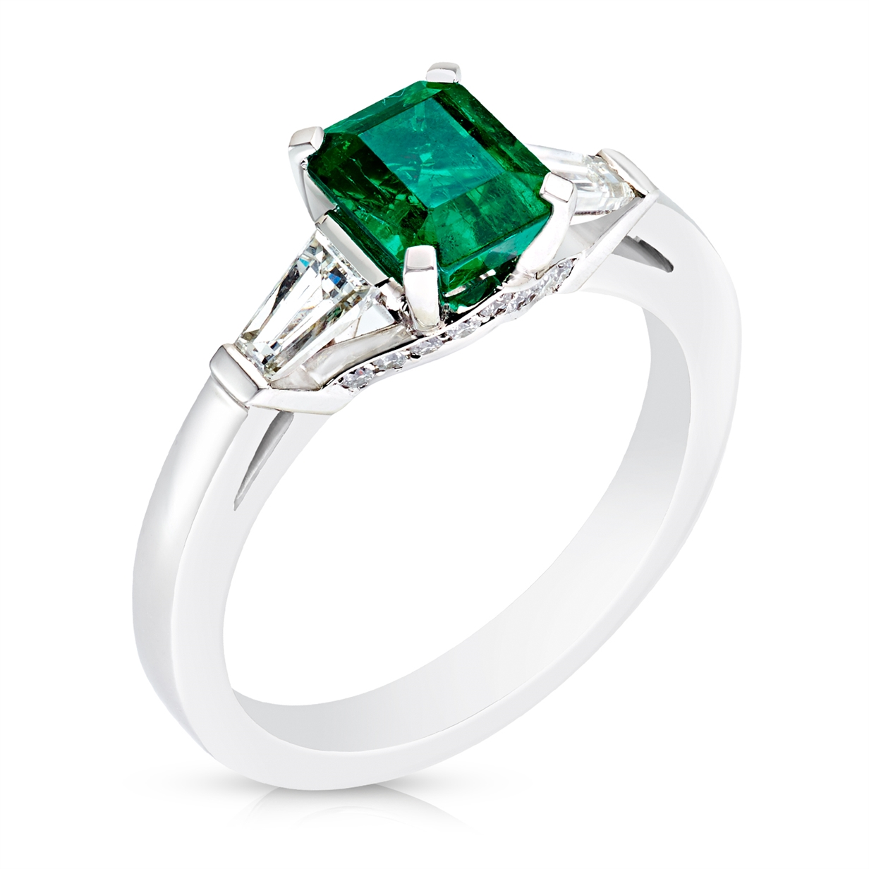 Platinum 1.16ct Emerald Cut Emerald Ring Set With Diamonds | Fabergé
