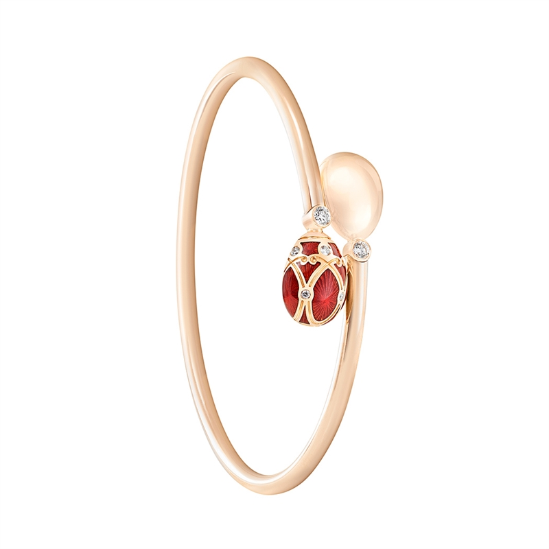 Faberge Palais Yelagin Red Crossover Bangle features red guilloché enamel and white diamonds, set in 18 karat rose gold.