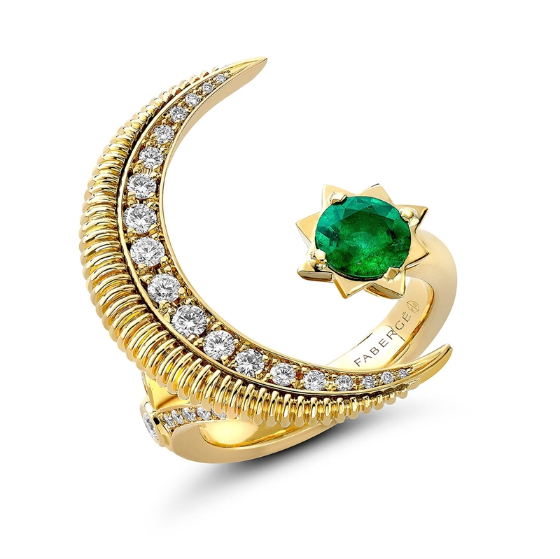 Crescent Yellow Gold Emerald & Diamond Ring | Fabergé