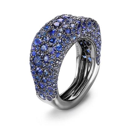 White Gold Blue Sapphire Petite Ring | Fabergé