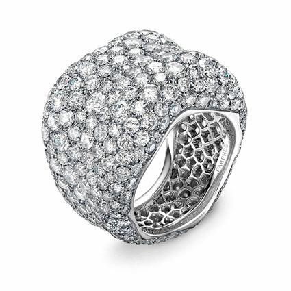 Emotion prachtvoller Ring aus Weißgold mit Diamanten | Fabergé