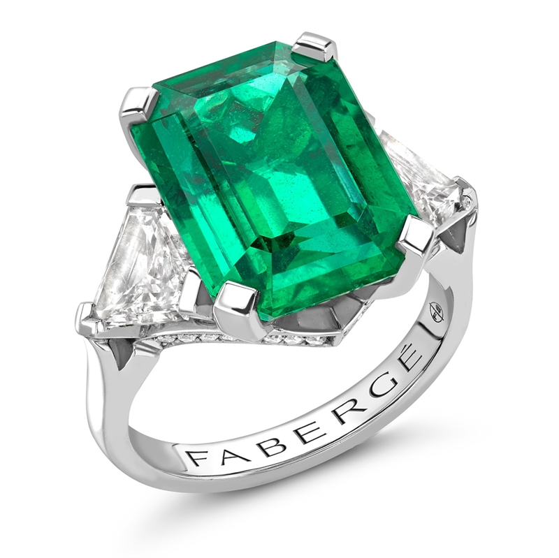 Platinum,, White Diamond & Emerald Step-cut Ring | Fabergé