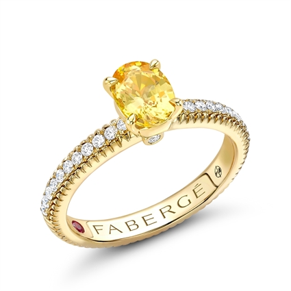 18k Yellow Gold Oval Yellow Sapphire Fluted Ring with Diamond Shoulders