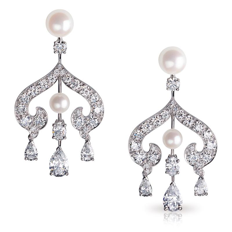 Zhivago White Gold Diamond & Pearl Chandelier Earrings I Fabergé