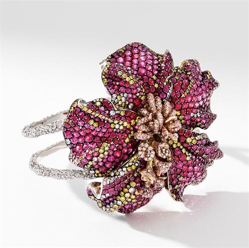 Hibiscus Gold, Ruby & Diamond Flower Cuff Bracelet | Fabergé