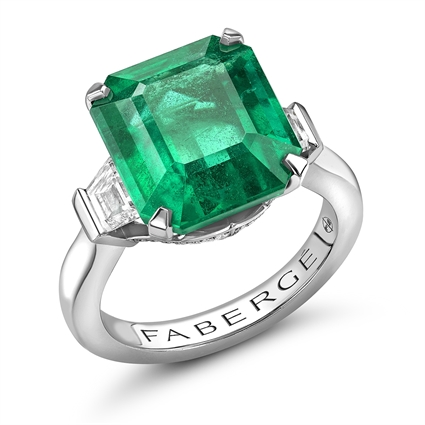 Platinum Emerald Cut Emerald Ring Set With Diamonds | Fabergé